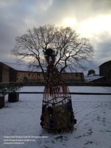 petit-génie-dans-neige-au-chateau-noel-paule-kingleur